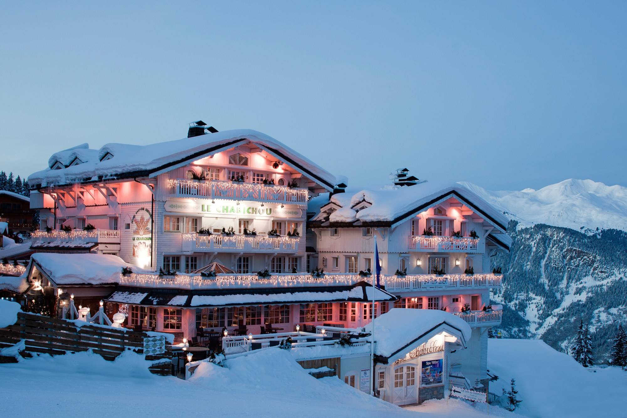 Luxury Ski Chalets in Canada